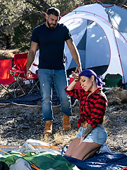 Tranny TS Foxxy pitches a tent with Ricky Larkin